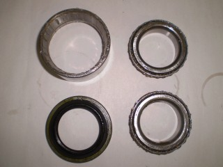 Suzuki Carry Front Wheel Bearing and Seal DB51