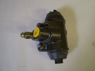 Suzuki Carry Wheel Cylinder Left Rear Dump Truck Only