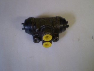 Suzuki Carry Wheel Cylinder Right Rear Dump Truck Only
