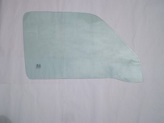 Suzuki Carry Left Front Door Glass DB51