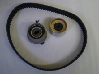 Mitsubishi Minicab Tensioner Idler and Timing Belt Twin Cam U42