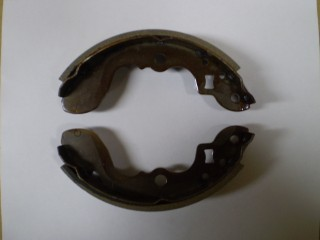 Suzuki Carry Front Brake Shoes